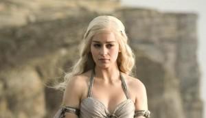 daenerys-targaryen-rencontre-les-unsullied